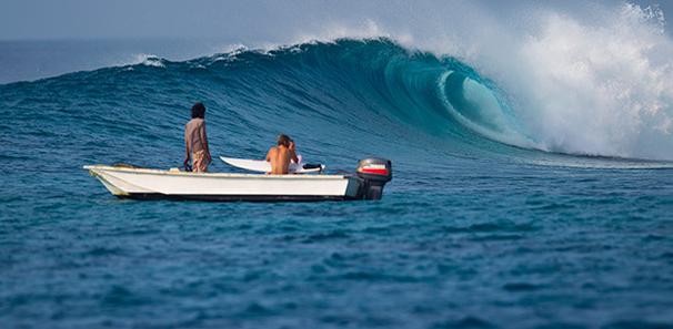 jailbreaks_surfing_maldives