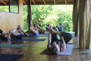 nikki-yoga-